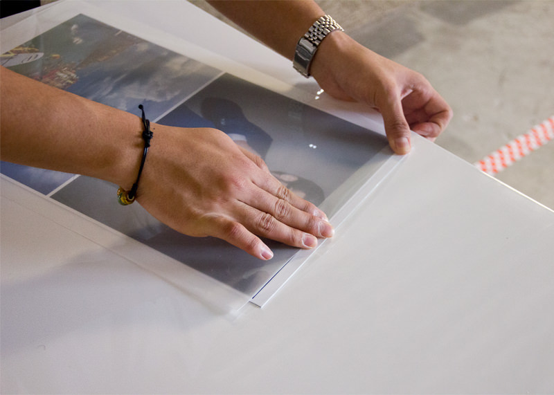 apply quartz laminate film